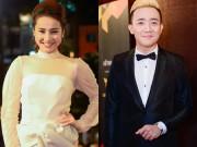 """Làng sao - Nhã Phương, Trấn Thành """"lẻ bóng"""" trên thảm đỏ VTV Awards"""