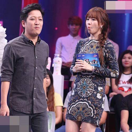 fan tron mat khong hieu vi sao hari won mac lai vay cua me tran thanh - 1