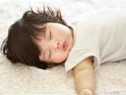 Làm mẹ - Trẻ khóc ngằn ngặt vì khó ngủ, cha mẹ cần nắm vài mẹo sau