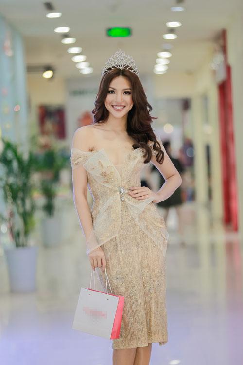 tran manh khang lan dau thu lam mc ung ho ban than - 8