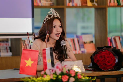 tran manh khang lan dau thu lam mc ung ho ban than - 9
