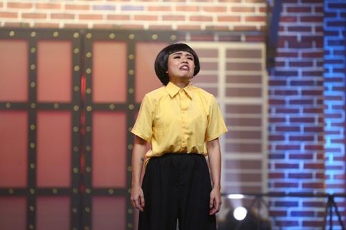 """ky phung dich thu: ngoc trinh """"choang"""" voi anh tay mac ao dai bat chuoc my linh - 15"""