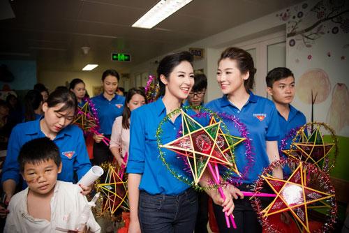 Cuối tuần bận rộn của HH Ngọc Hân, Á hậu Tú Anh cùng dàn người đẹp-11