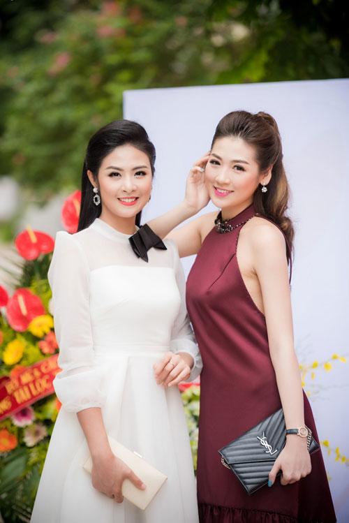 Cuối tuần bận rộn của HH Ngọc Hân, Á hậu Tú Anh cùng dàn người đẹp-4