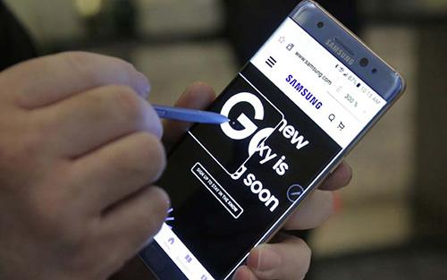 """iPhone 7 Plus có hưởng lợi từ """"thảm họa"""" Galaxy Note 7?-1"""