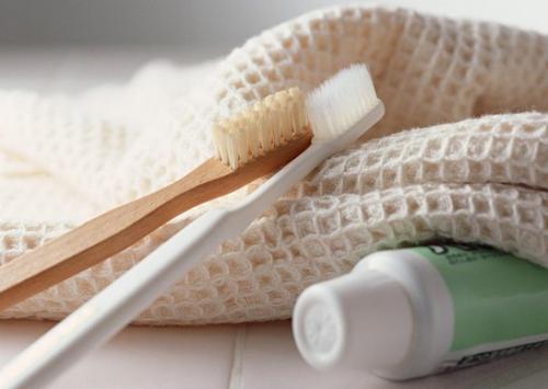 12 công dụng tuyệt vời của kem đánh răng mà bạn chưa biết đến-7