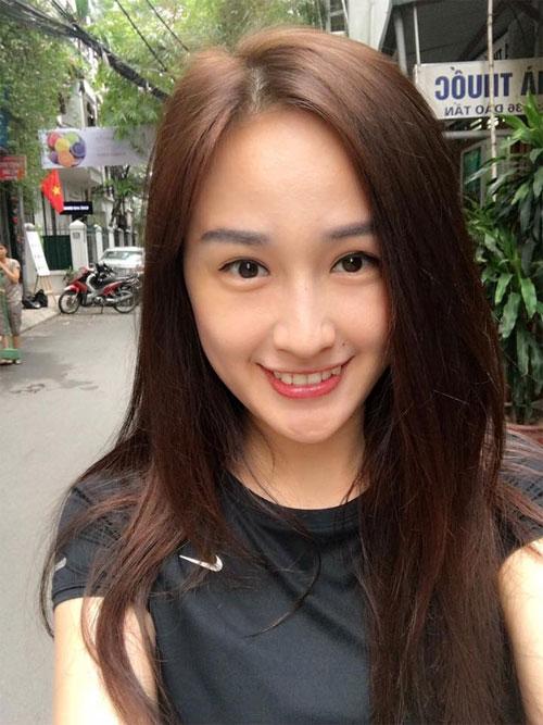 hai con hong nhung thich thu kham pha cong viec lam vuon - 11