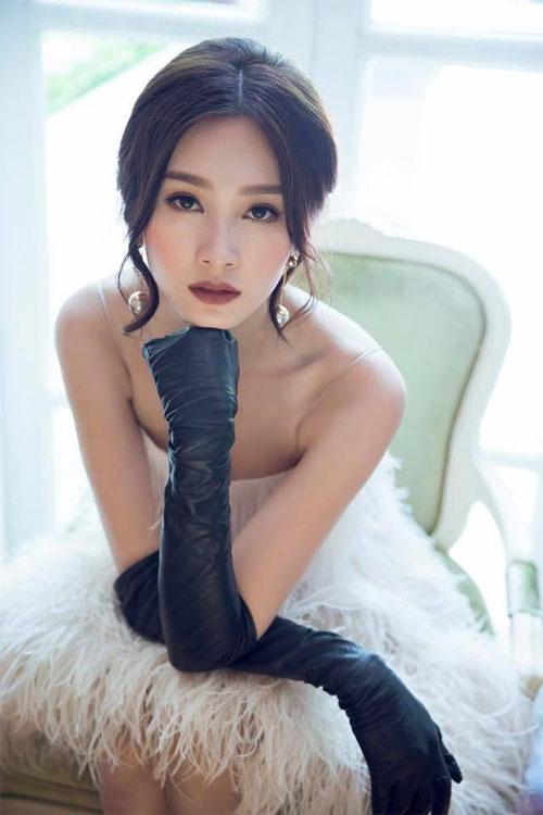 hai con hong nhung thich thu kham pha cong viec lam vuon - 7