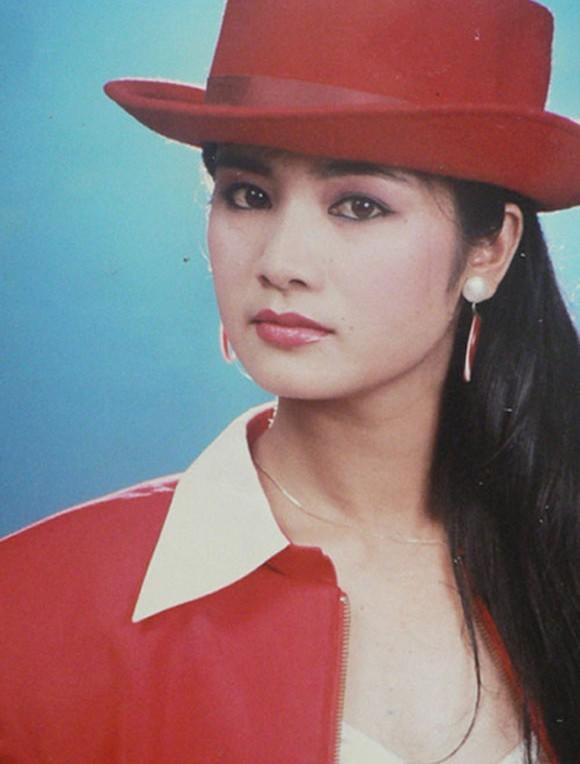 Thời trang sao Việt xưa: Lá ngọc cành vàng từng làm khán giả chao đảo 20 năm trước-7