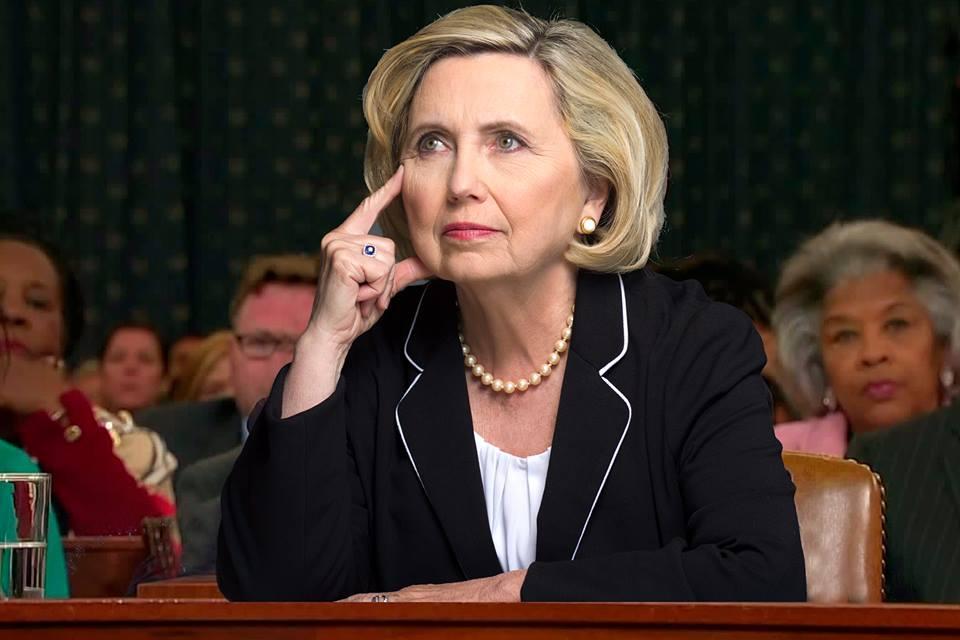 Bà Hillary Clinton có người đóng thế sau khi bị bệnh nặng?-3