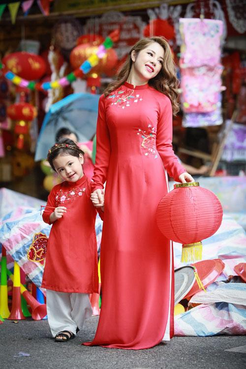 mc bach lan phuong mac do doi voi con gai nho dao pho trung thu - 14