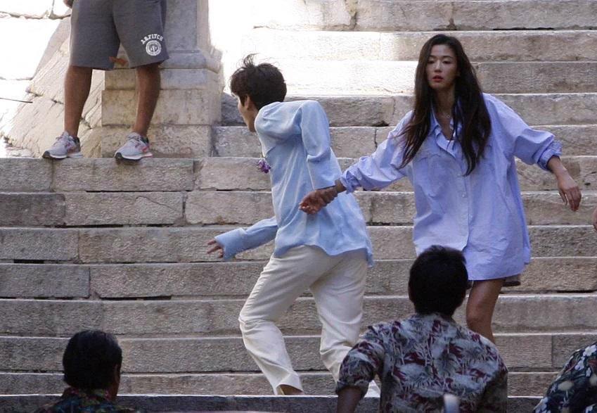lee min ho au da voi con do, keo tay jeon ji hyun cung chay tron - 6