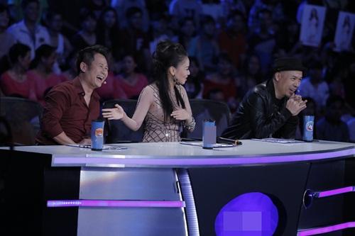 """vietnam idol: thu minh hon nam thi sinh vi ban """"quoc ca danh cho ca si"""" - 1"""