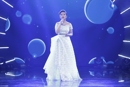 """vietnam idol: thu minh hon nam thi sinh vi ban """"quoc ca danh cho ca si"""" - 11"""