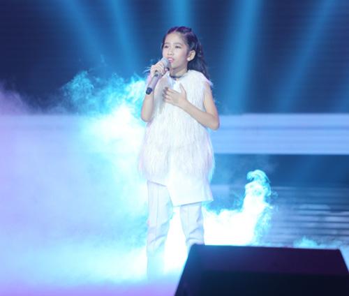 dong nhi khoc nac vi hoc tro the voice kids bi chi trich - 8
