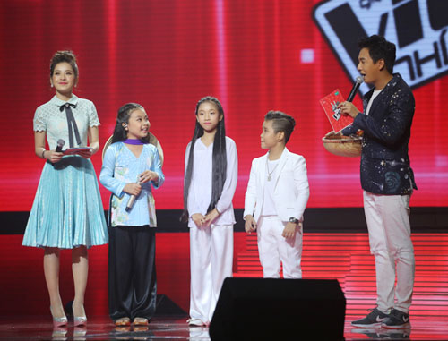 chi pu bi che la mc tham hoa tai the voice kids - 2