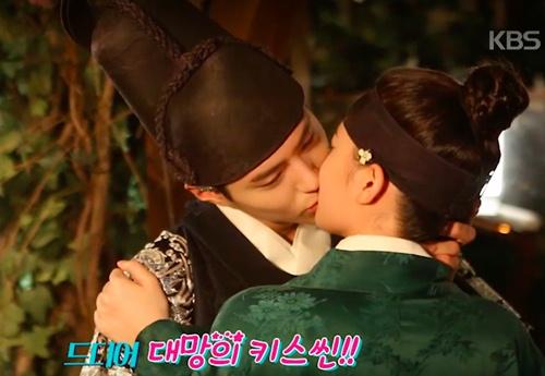 "sau 16 nam, song hye kyo con nho nhung gi ve ""trai tim mua thu""? - 4"