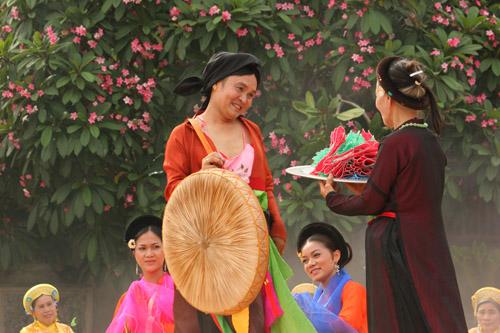 """tung duong: """"toi khong dai hat cheo trong liveshow xuan hinh"""" - 6"""