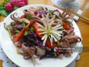 Bếp Eva - Bạch tuộc xào thập cẩm giòn giòn, ngon cơm