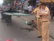 Tin tức - Đi xe đạp, bé trai 10 tuổi tử vong vì bị tôn trên xe xích lô cứa vào cổ