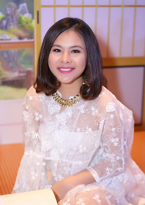 nhan sac 'xuong doc khong phanh' vi tang 20-30kg khi bau bi cua sao viet - 5