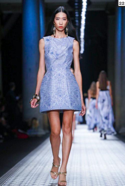 le thuy va trang pham lam nen lich su tai milan fashion week - 5