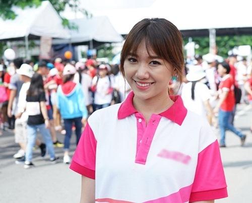 hari won tuoi tan chay bo va mua hat giua nghin nguoi - 1