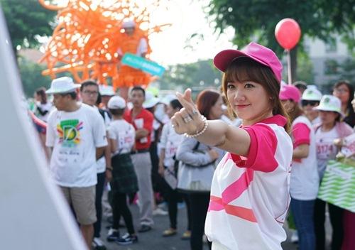 hari won tuoi tan chay bo va mua hat giua nghin nguoi - 3