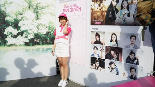 hari won tuoi tan chay bo va mua hat giua nghin nguoi - 14