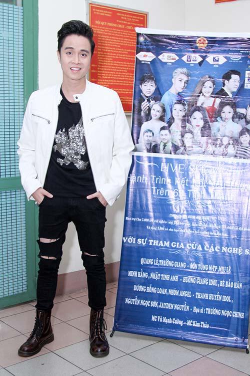 """huong giang idol """"dot mat"""" khan gia boi eo thon, dang chuan, nguc day - 16"""