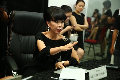 en vang 2016: thi sinh bat khoc khi bi giam khao duoi khoi phong thi - 3