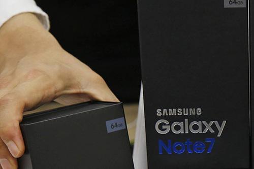 galaxy note 7 doi moi dinh loi nong may, sut pin nhanh - 1