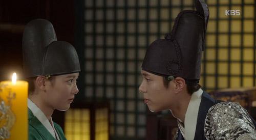 may hoa anh trang tap 11: kim yoo jung khoc nuc no khi tai ngo me ruot - 11