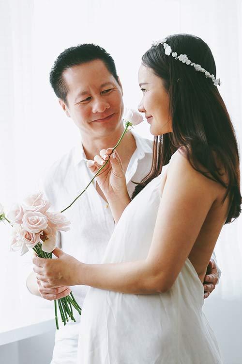 """phan nhu thao khoe do chong dai gia chuan bi cho """"cong chua nho"""" sap sinh - 2"""