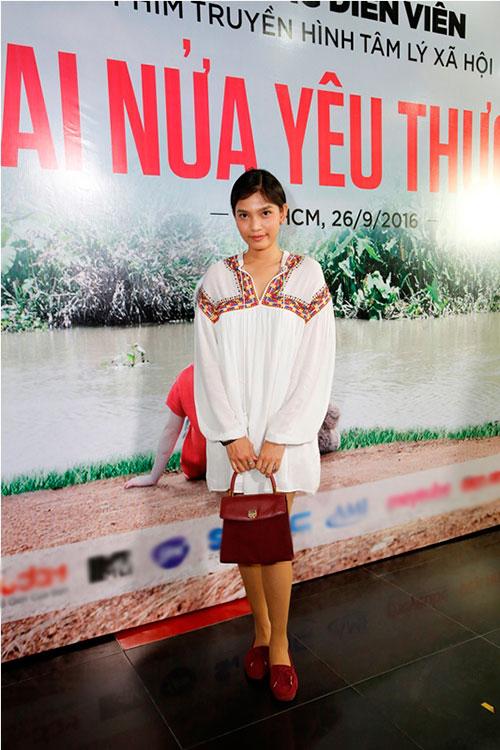 """truong thi may bat ngo xuat hien tai buoi casting phim """"hai nua yeu thuong"""" - 2"""