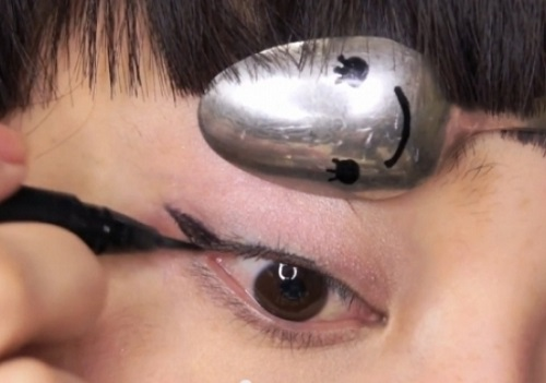 11 meo ke eyeliner thong minh cho co nang hien dai - 6