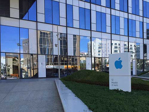 apple phat trien iphone 8 trong lang le tai israel - 1
