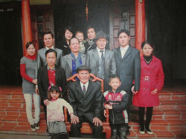chuyen tinh dep kho tin: cu ong 76 tim vo o cho rau - 2