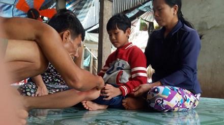 """""""than y"""" ky di mien tay: chua ba benh bang… thoi phu phu - 1"""