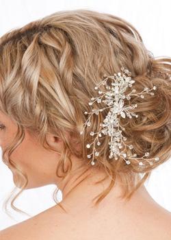 Chọn phụ kiện đẹp cho tóc cô dâu - 4