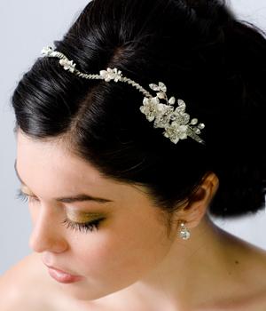 Chọn phụ kiện đẹp cho tóc cô dâu - 5