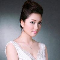 MC Hoa hậu Nguyễn Thị Huyền đọc sai tiếng Anh
