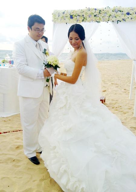 Hoa hậu Hương Giang tiết lộ cuộc sống sau hôn nhân - 3