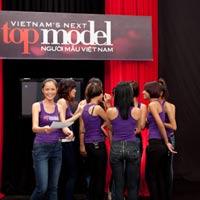 Vietnam Next Top Model: Nảy sinh mâu thuẫn nội bộ
