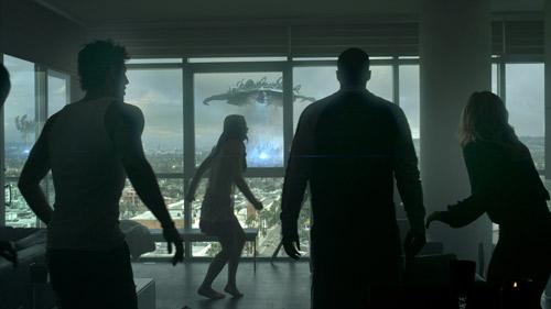 """Phim rạp: """"Ánh sáng ngoài hành tinh"""" - 2"""