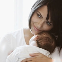 Chăm sóc bé thế nào khi được 3 tuần tuổi?