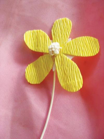 Cách làm bình hoa giấy nhỏ xinh - 7