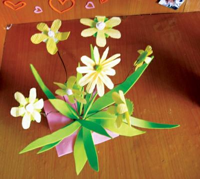 Cách làm bình hoa giấy nhỏ xinh - 9