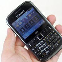 Samsung S3353 đối đầu với Nokia C3