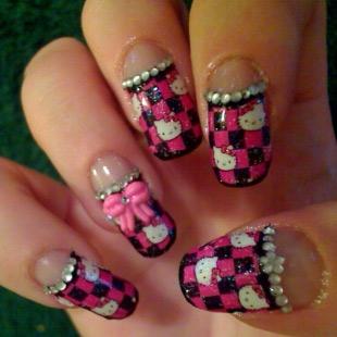 Dễ thương mẫu nail Hello Kitty 2011 - 1